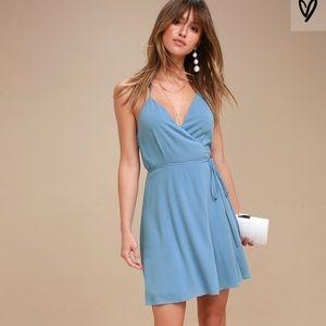 Lulus morning glory light blue wrap dress small